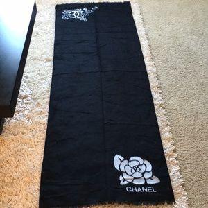 NWOT ‼️ Cashmere & wool scarf  shawl ❄️😍